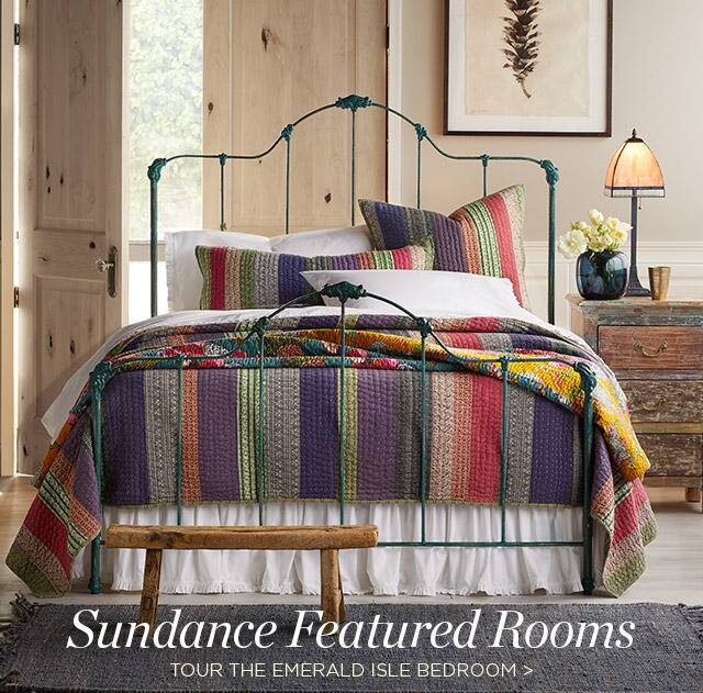 Tour The Emerald Bedroom