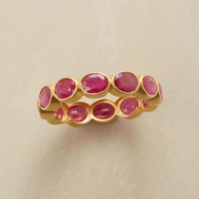 RUBY BUBBLE BEZEL RING